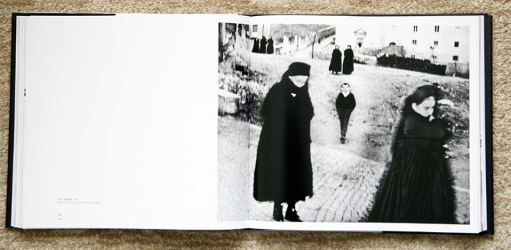 Mario_Giacomelli-The_Black_is_Waiting_for_the_White_1