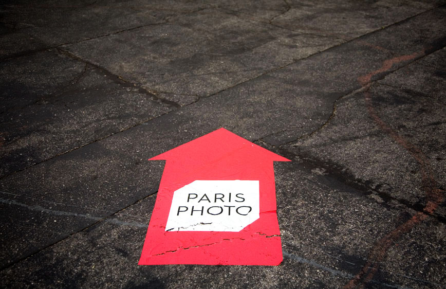 04-25-14_Paris_Photo_LA_logo_on_Paramont_Studios_backlot