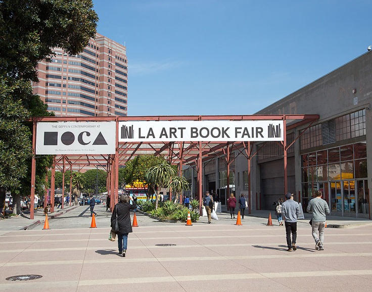 la-art-book-fair-2017-at-moca-enterance