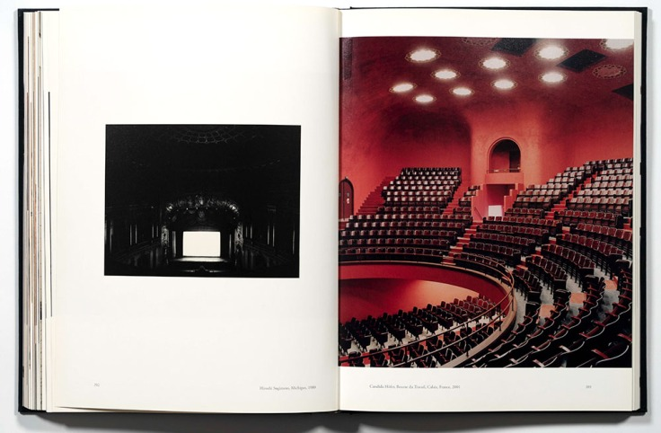 Theatre_Hiroshi_Sugimoto
